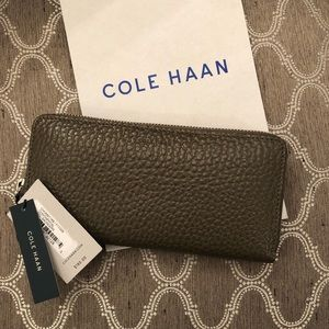 NWT Leather Cole Haan Wallet